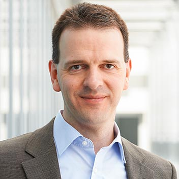 Prof. Dr. Hannsjörg Freund